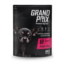 GRAND PRIX Small Adult Корм сухой для взрослых собак мелких и миниатюрных пород с курицей, 800 г